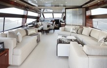 Yacht living room1